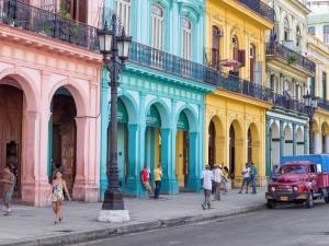 airbnb-opens-in-cuba